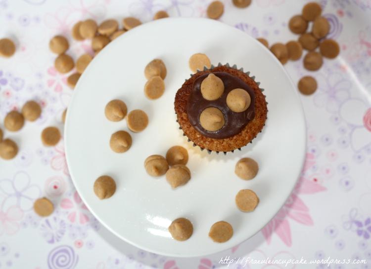 Mini Erdnussbutter Cupcakes mit Schokolade