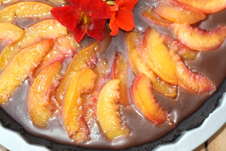 Schokoladen Oreo Pfirsich Tarte