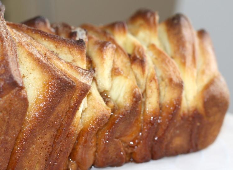 cinnamon pull-apart bread - Zupfbrot mit Zimt und Zucker