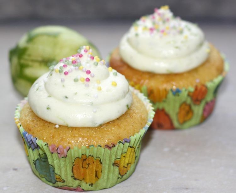 Limetten Cupcakes Frischkäse Frosting