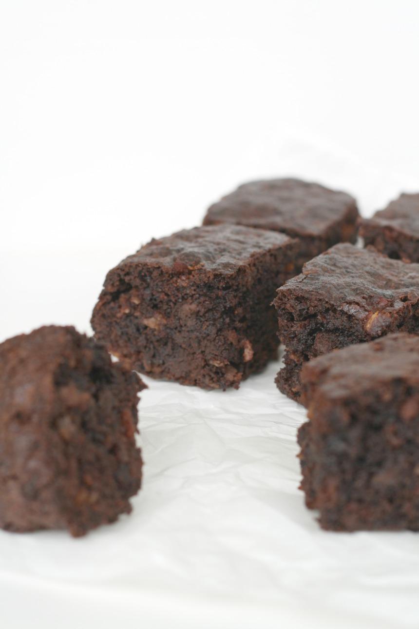 bacon-bourbon-brownies-oder-Speck-Schokolade-Kuchen-mit-Whiskey