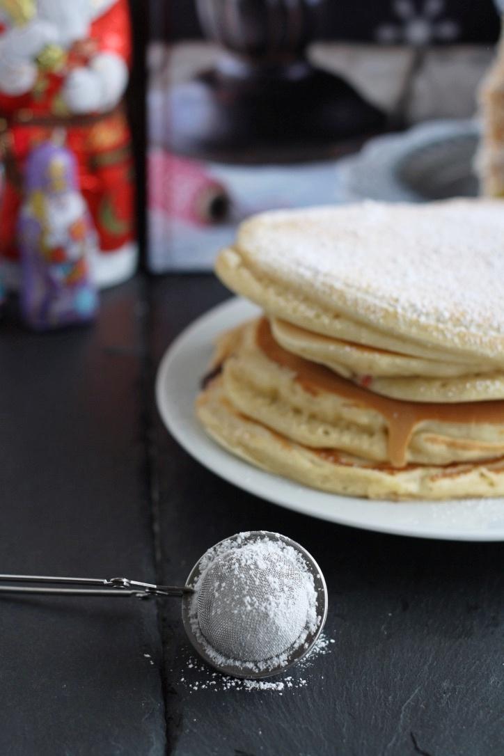 Gefüllte Pancakes mit Nutella und Marmelade