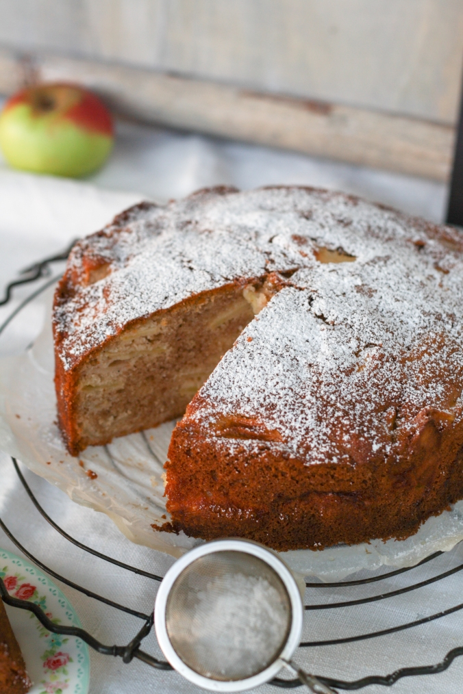 spiced-apple-cake