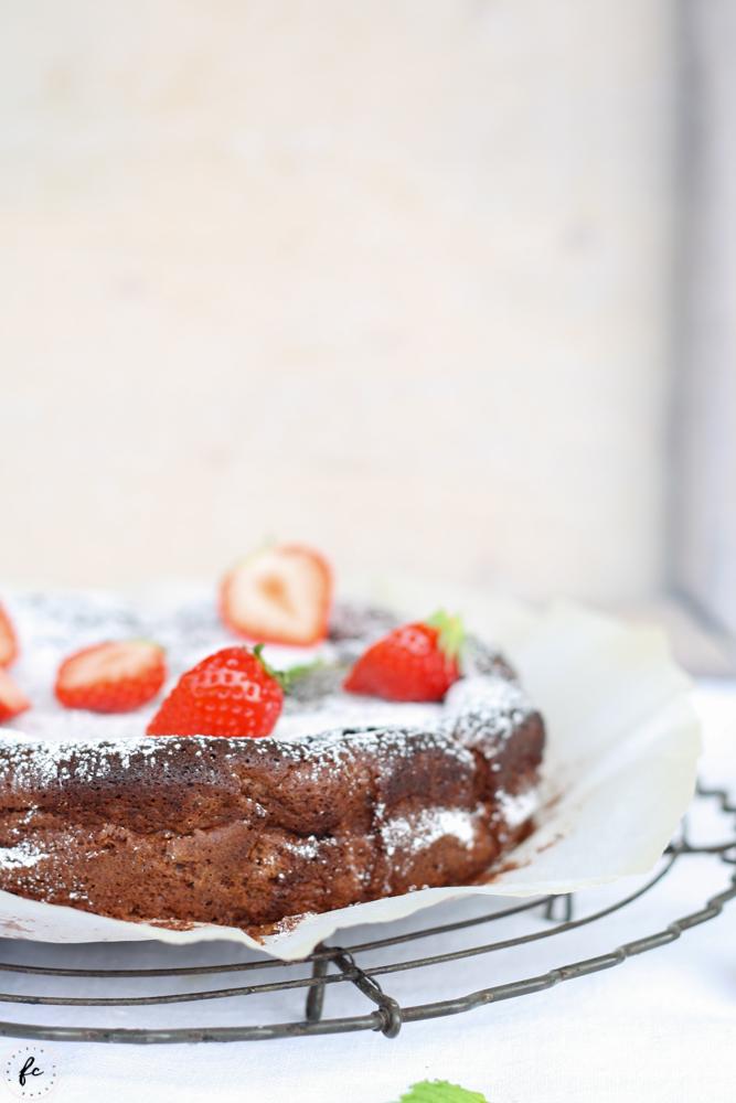 glutenfreier, französischer Schokoladenkuchen - gâteau au chocolat