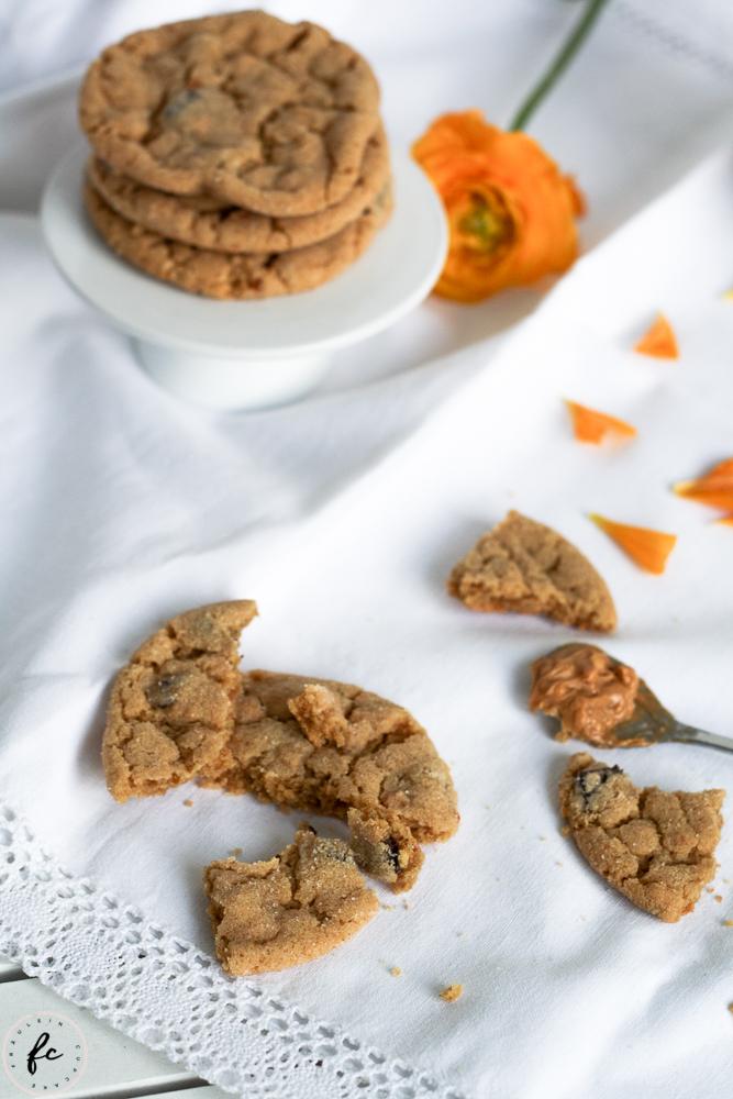 Erdnussbutter Cookies mit Schokostückchen-9