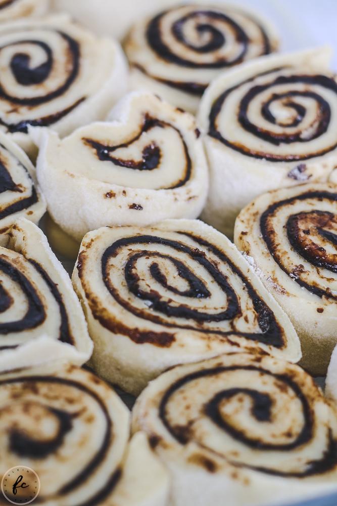 Germteigschnecken mit Powidl und Streuseln Fräulein Cupcake-2