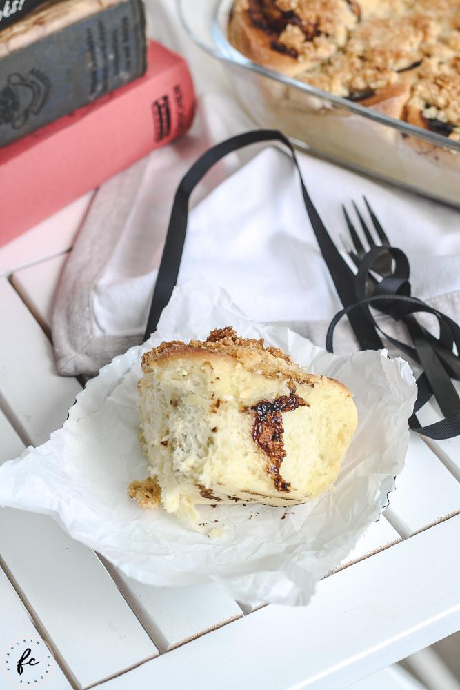 Germteigschnecken mit Powidl und Streuseln Fräulein Cupcake-7
